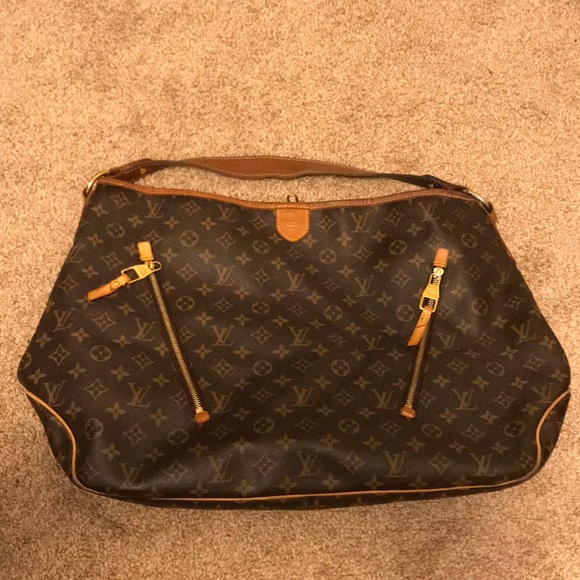 c648392cdbc8 Louis Vuitton Handbags - Louis Vuitton delightful gm